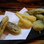 串髭 - 沖縄野菜の天ぷら盛合わせ