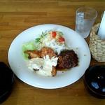 かつき - 料理写真:気まぐれランチ チキン南蛮&メンチカツ \600 (配膳時)