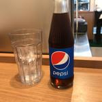 カレー食堂 肥後カリー研究所 - ドリンク写真:ペプシ、瓶でした。