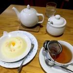 71879009 - 紅茶とババロア