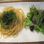 Food Lab - 帆立小柱とフレッシュトマトと大葉のペペロンチーノスパゲッティ