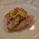 f - 料理写真:アラの炭火焼 青リンゴとハタハタの卵を添えて