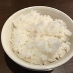 ひのき屋 - 唐揚げ定食(250円)のごはん