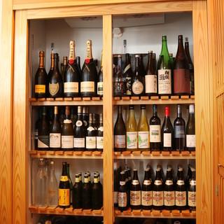 日本酒はもちろんお料理に合わせたワイン多数ご用意しております