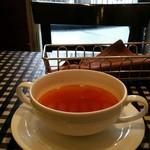 数寄屋バーグ - Aセット(380円)のスープ