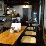 庭カフェ KULA - 店内・1階