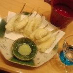 7189734 - メゴチの天ぷら(身は5CMくらい)