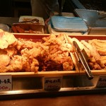 丸亀製麺 - 天ぷらたくさん