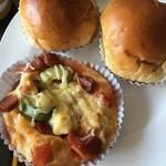 飽餅皇  - 料理写真:香港式総菜パン