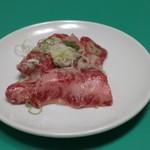 焼肉・鉄板焼ステーキ 橘通りミヤチク - 塩カルビ