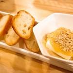 tama-awa - クリームチーズ西京味噌&バゲット
