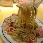 関谷スパゲティ - 麺リフト