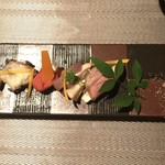 コッソリ - チーズのマリアージュ。ベーコン、まぐろ、明太、鴨