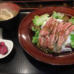 東京厨房 - 料理写真:カイノミレアステーキ丼