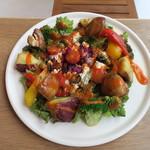 ボタニストカフェ - トーフ・サラダ(豆腐 ブロッコリー パプリカ サツマイモ マッシュルーム ロマネスコ)1