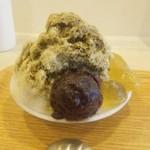フロレスタ - 料理写真:ほうじ茶練乳とわらび餅  あんこトッピング 750円