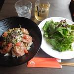 洋食酒場カンヌ - ローストビーフ丼¥900-