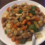 本格中華食べ放題 天香府 - 鶏肉のカシューナッツ炒め