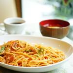 ロマン - ランチサービス スパゲティーナポリタン (¥700)