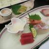 ホテル黒部 - 料理写真:奥の皿が白エビの刺身と昆布締め