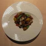 食文化サロン 白金劉安 - 黒酢酢豚1