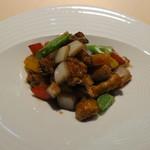 食文化サロン 白金劉安 - 黒酢酢豚2