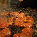 ことぶき焼肉 - カルビ