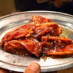 ことぶき焼肉 - 骨付きカルビ
