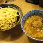 伊予 源氏車 - つけ麺750円 並でも麺は結構な量