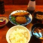 香り屋 - ミックスフライ定食 500円