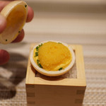 SUGALABO - 料理写真:末富の最中に長崎のからすみ