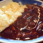 ウッディライフ - 牛すじと野菜のカレー:1,200円
