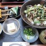 伝兵衛 - 山菜とろろ蕎麦