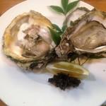 たらふく - 料理写真:焼き岩ガキ