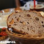 ブランジェ浅野屋 - 料理写真:日替わりパン