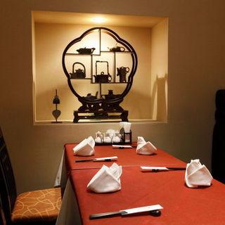 《完全個室》ご接待、ご会食ご利用くださいませ。