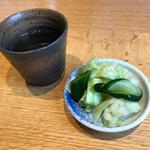 焔蔵 - 料理写真:サービスの浅漬け