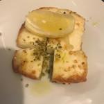 71997144 - ハルミチーズのサガナキ