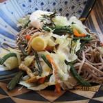 湯川屋 - 「冷し山菜とろろそば 950円」