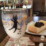 カフェ猫の散歩道 - ドリンク写真:ドリンク代のみのモーニング(2017.08現在)