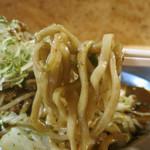 テッパンてつ屋 - モチモチの太麺にオリジナルソース