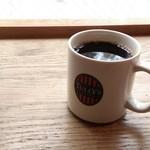 タリーズコーヒー - 本日のコーヒーTall 370円。税込み 豆はモカジャバ。まろやかで、ワインみたいな風味も。かなりおいしかったです。(^ー^)  20170825