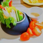 72014988 - バーニャフレイダ(厳選野菜の冷製サラダ)