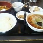 三熙 - ランチ麻婆豆腐セット800円(税込)