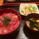 沖縄料理 舞天 - まぐろ漬け丼(通常)