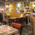 クイーン オブ チキンズ ヨドバシAkiba店 -