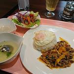 オーキッド キッチン - ガパオムー