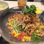 中華香彩JASMINE口福厨房 - よだれ鶏冷やし麺