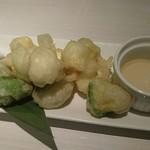 アボカド料理専門店FORZA - アボカドとクリームチーズのフリット 780円