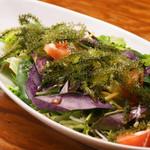 島たいむ がんじゅう - 海ブドウと島野菜の長寿サラダ